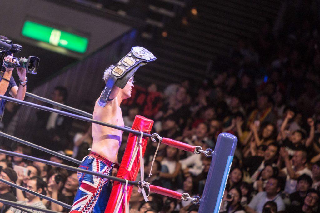 IWGPジュニアヘビー級王者となったウィル・オスプレイ